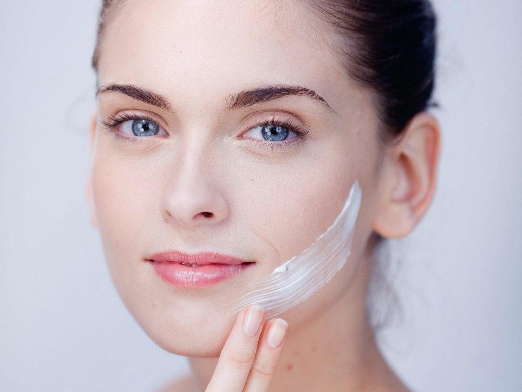 Cách chọn kem phục hồi da