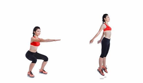 Thể dục giảm cân với bài tập bật nhảy.