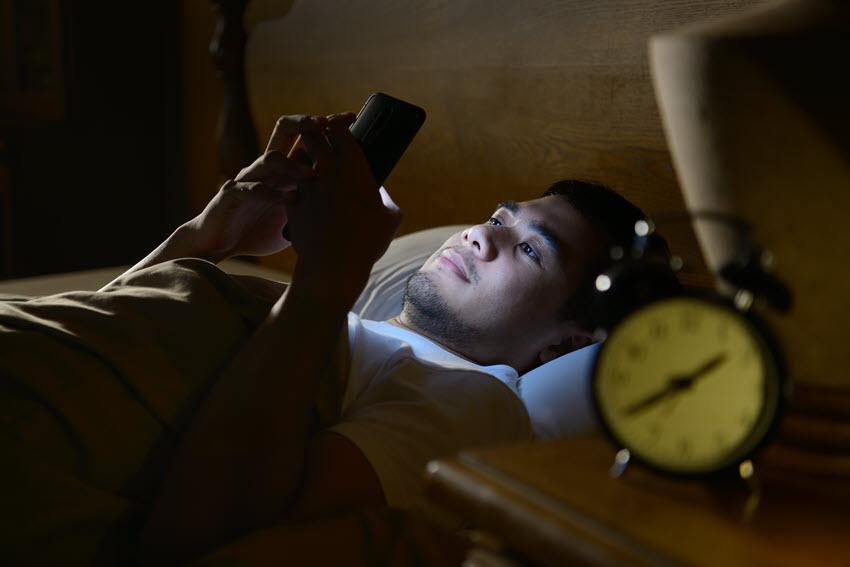 Sự khác biệt giữa thức dậy sớm 1 tiếng và đi ngủ muộn 1 tiếng - Biết Tuốt